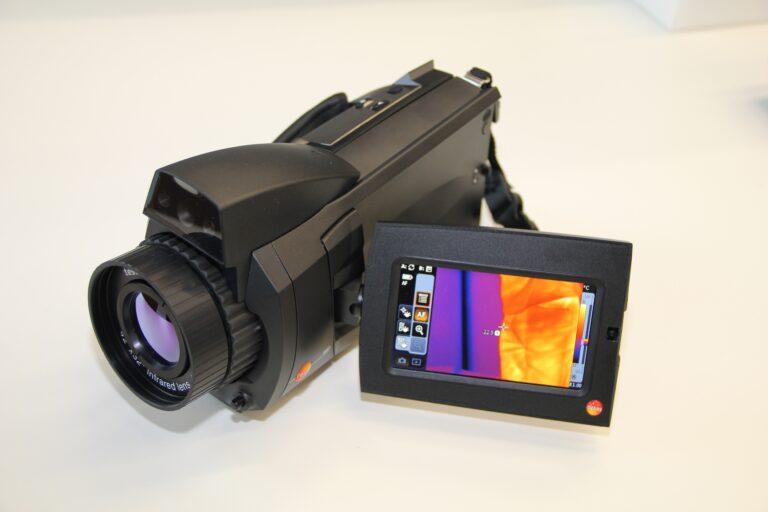 How do IR cameras work?