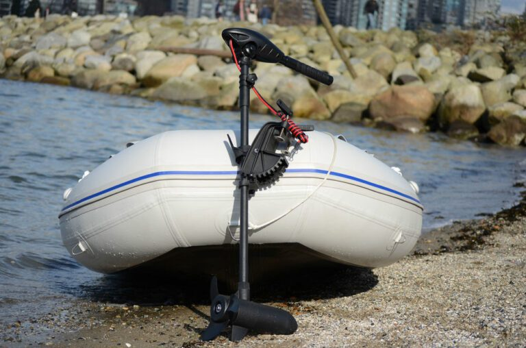How to wire 24 volt trolling motor batteries?