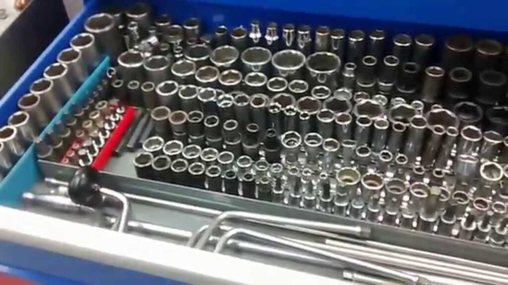 mechanics tool chest